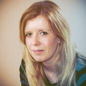Customer Support Specialist - Christine Oswald